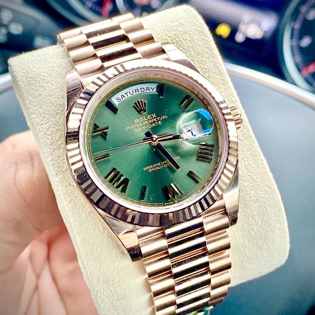 ROLEX DAY-DATE 40 / 60th ANNIVERSARY DIAL / 228235